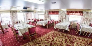 Ресторан «Одетта» на средней палубе