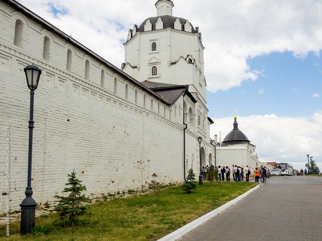 Стоянка в городе Свияжск