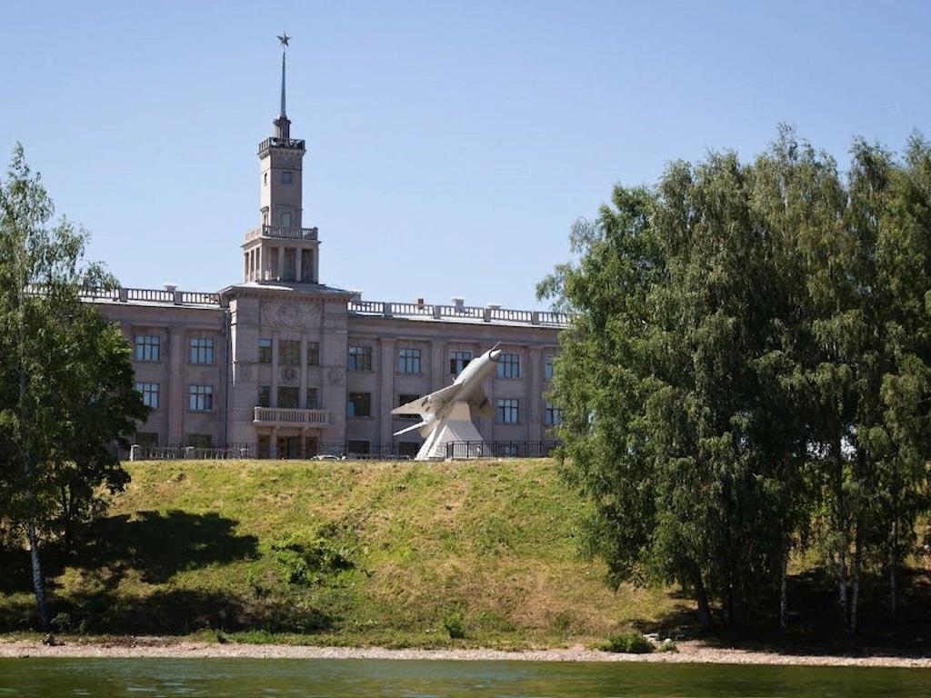 Стоянка в городе Чкаловск